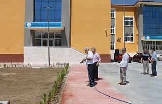 Kuntoğlu, Yapımı Devam Eden Bina Ve Okullarda İncelemelerde...