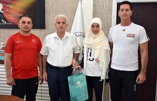 Türkiye Şampiyonu Taekwondocudan Kuntoğlu'na...