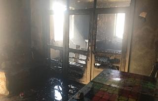 Yangın Evi Kullanılamaz Hale Getirdi