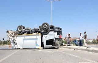 Çöp Kamyonu İle Otomobilin Karıştığı Kaza...