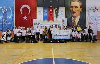 Karaman'da Dezavantajlı Bireylere Spor Malzemesi...