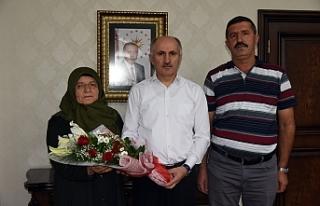 Şehit Sağlamoğlu'nun Ailesinden Vali Meral'e...