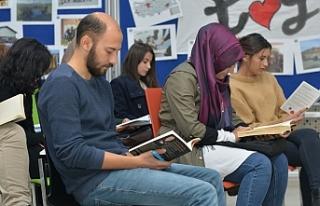 KMÜ Öğrenci Topluluğundan Kitap Okuma Etkinliği