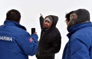 Karda Mahsur Kalan Suriyeliler 9 Saat Sonra Kurtarıldı