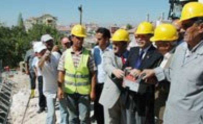 Mehmet Çavas Ilkögretim Okulu'nun Temeli Törenle Atildi