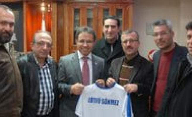 70 Karaman Spor Yönetiminden Emniyet Müdürü Sönmez'e Ziyaret