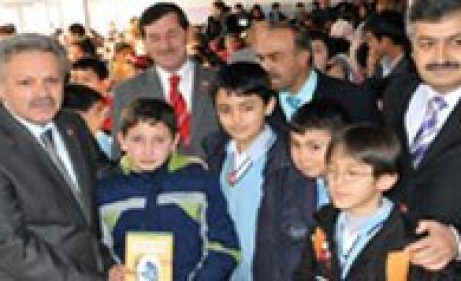 Türkiye Okuyor, Karaman Okuyor Kampanyasi Devam Ediyor