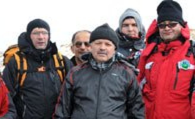 Kirikkaleli Dagcilar Karaman'da Karadag'a Tirmandi