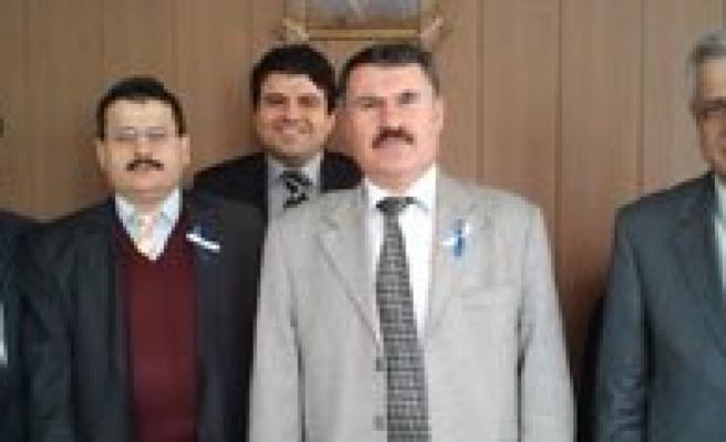 """Vergi Dairesi Müdürü Canbay: """"Kira Geliri 2 Bin 800'ü Asarsa Beyanname Gerekli"""""""
