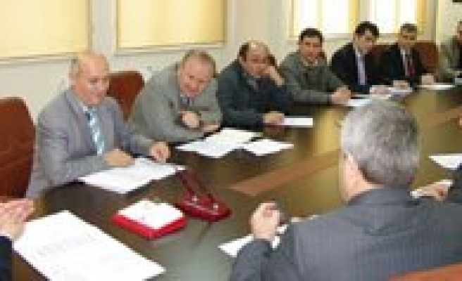 735. Türk Dil Bayrami Kutlama Komitesi Ilk Toplantisini Yapti
