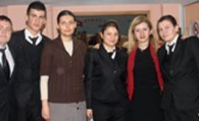 Otelcilik Ve Turizm Anadolu Meslek Lisesi Ögrencileri Kgrt'yi Ziyaret Etti
