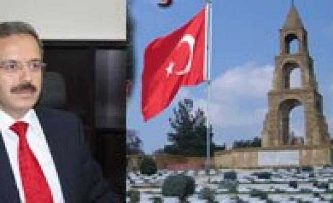 """KMÜ Rektörü Prof. Dr. Sabri Gökmen: """"Çanakkale Sehitlerimizi Minnetle Aniyoruz"""""""