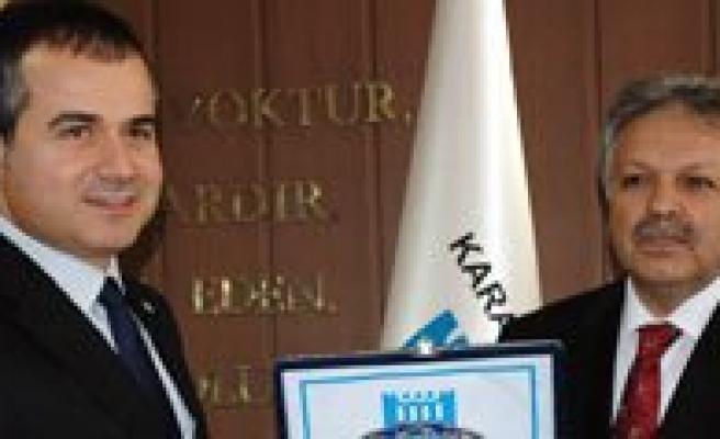 Gençlik ve Spor Bakani Suat Kiliç: `Karaman'a Önem Veriyoruz. Çünkü Karaman Türkiye için Önemli Bir Sehir`
