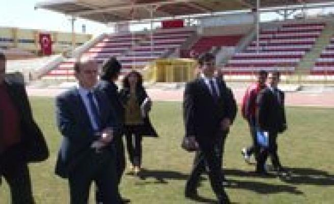 Spor Genel Müdürü Baykan Karaman'daydi