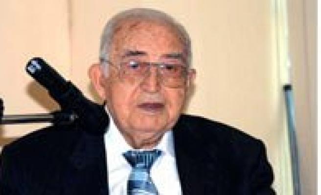 Yunus Emre Asigi Prof. Dr. Güngör'ü Kaybettik