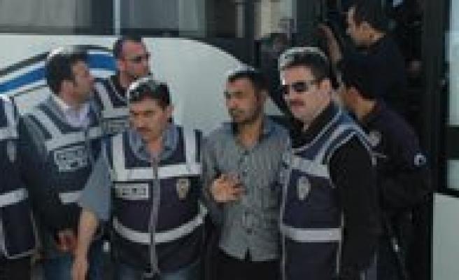 Polisi Sehit Eden Zanlilar Adliyeye Çikarildi