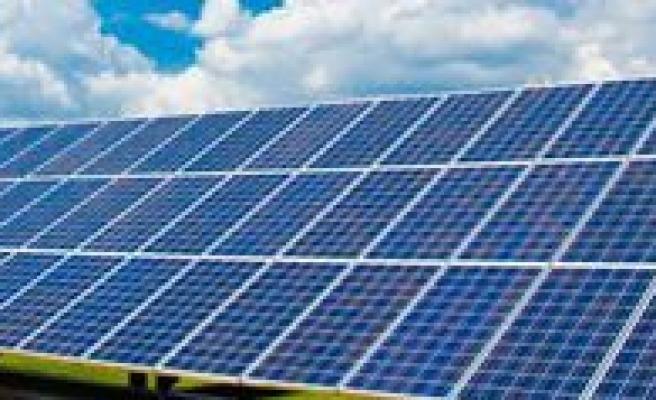 Günes Panellerinden Elektrik Üretilecek
