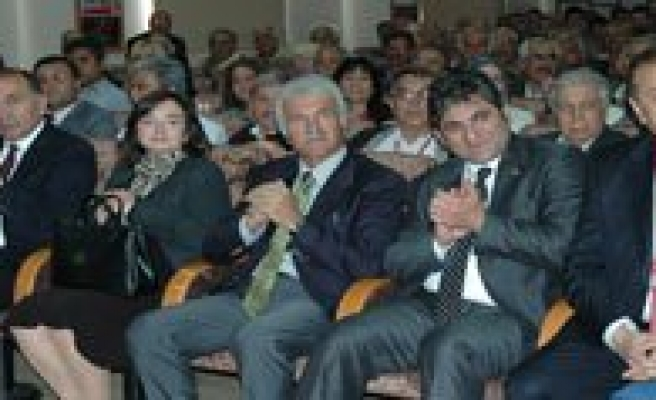 CHP Il Baskanligina Ertugrul Yeniden Seçildi