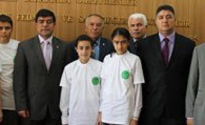 Piri Reis Ilkögretim Okulu Bulgaristan, Hoca Ahmet Yesevi Polonya'ya Gitti