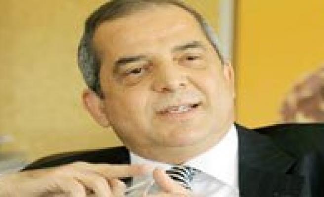 Saray Holding Yönetim Kurulu Baskani Özdag'dan Bir Karaman Türküsü Daha