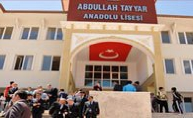 Abdullah Tayyar Anadolu Lisesi'nin Bahar Senlikleri Pilav Günü Yapildi