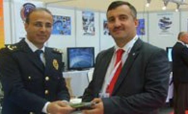 Il Emniyet Müdürlügü'nün Ankara'daki Standi Ilgi Gördü