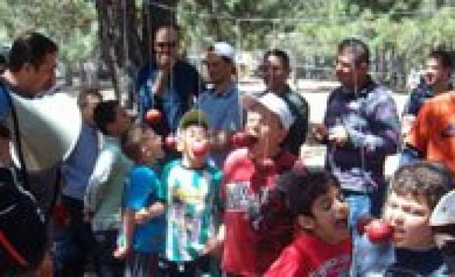 Gevher Hatun Koleji Ögrenci, Ögretmen Ve Velileri Piknikte Bulustu