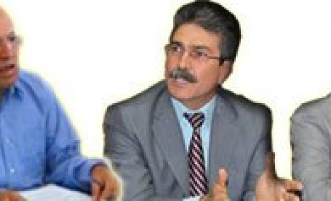 CHP'li Meclis Üyeleri Baskan Ugurlu Hakkinda Savciliga Suç Duyurusunda Bulundu