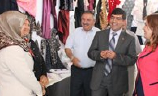 Halk Egitim Kilbasan'da El Sanatlari Sergisi Açti