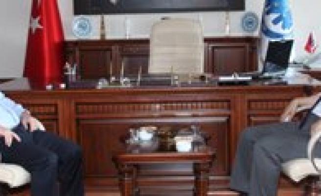 GOP Rektörü Prof. Dr. Mustafa Sahin KMÜ`yü Ziyaret Etti