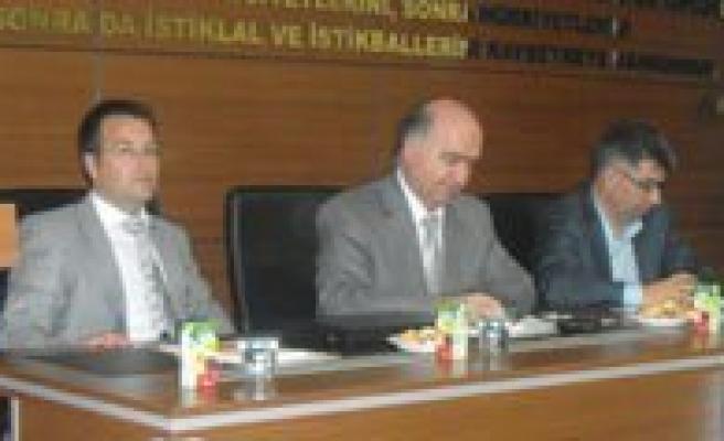 """""""Agaç Orman Ürünleri Ve Mobilya Sektörü Kümelenme Paneli"""" Yapildi"""