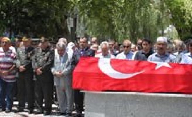Yahya Erdogan Topraga Verildi
