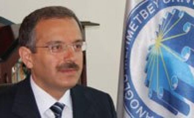 KMÜ Rektörü Prof. Dr. Sabri Gökmen Basin Bayramini Kutladi