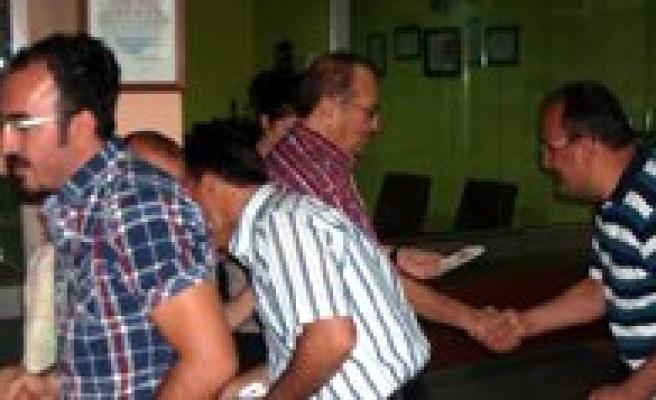 Bifa'nin Geleneksel Bayramlasma Töreni Ugur Dershanesinde Yapildi