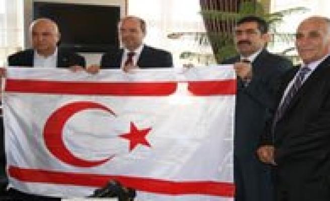 """KKTC Maliye Bakani Ersin Tatar:""""Konya'dan KKTC'ye Direkt Uçuslar Yapilmali"""""""