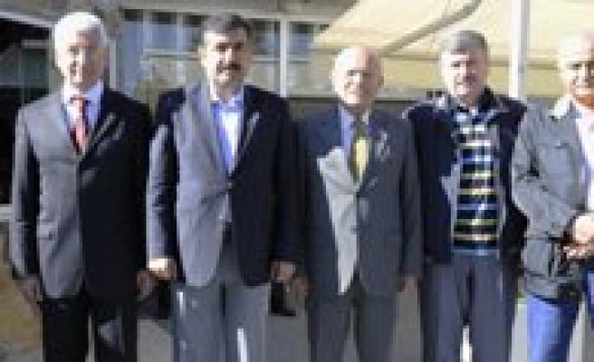 Vali Ve Belediye Baskanlari Bulustu