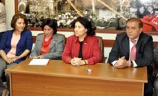 CHP Kadin Kollari Genel Baskani Dokuzcan, Karaman'da