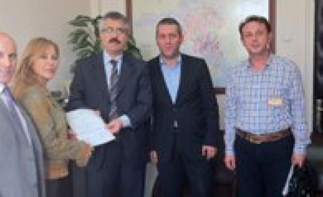 Türkiye'nin Ilk Ve Tek Iletisim Konfederasyonu TIKON Kuruldu