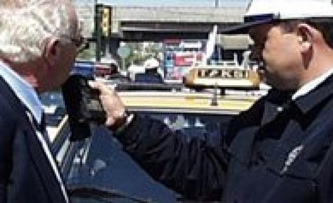Alkollü Sürücüye Hapis Cezasi Geliyor