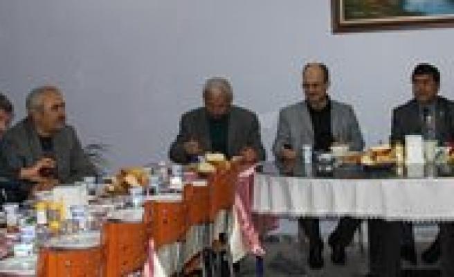 Emekli Ögretmenlerden Genç Ögretmenlere Nasihat: Mesleginizi Sevin