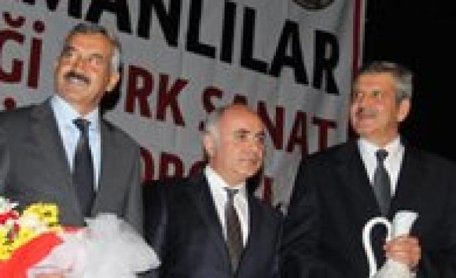 Ankara Karamanlilar Dernegi Türk Sanat Müzigi Korosu Konseri Muhtesemdi