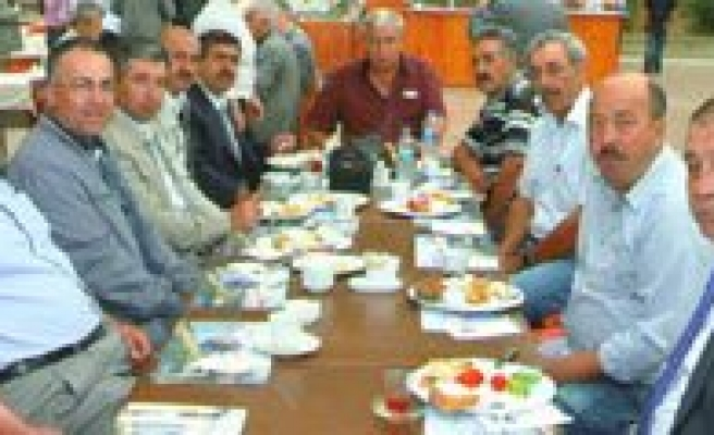 Kentine Güvenen Kentler Bulusmasina Ilimiz CHP'de Katildi