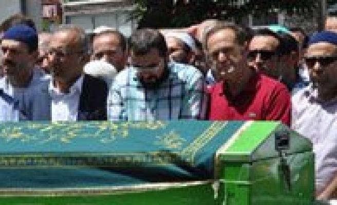 Milletvekili Akgün'ün Babasi Dualarla Ugurlandi