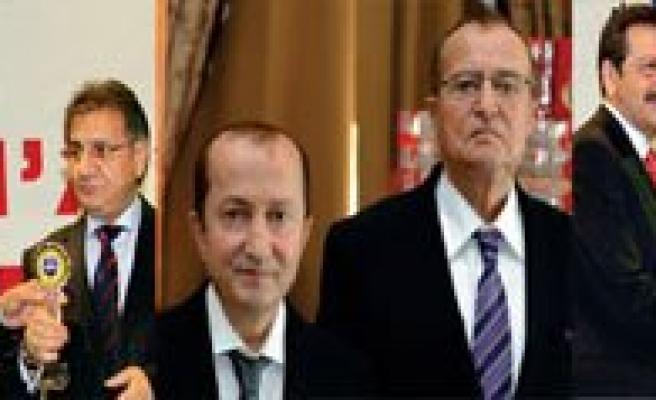 Biskot, Bifa Ve Simsek Türkiye'nin 500 Devi Arasinda