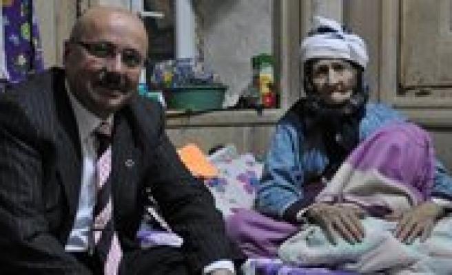 Baskan Samur, Yasli Vatandaslari Unutmadi