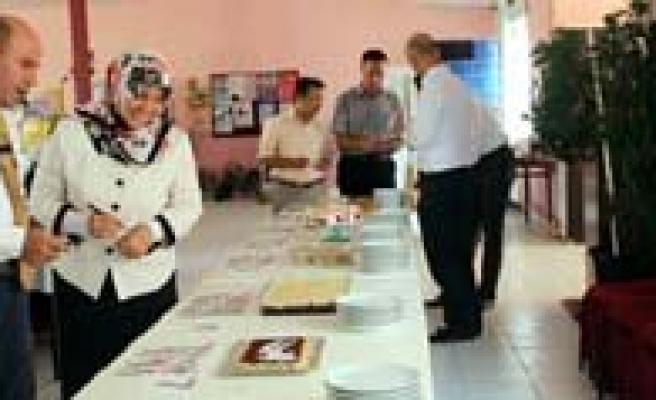 Devlet Hastanesi'nin Ekmek Israfiyla Ilgili Kampanyasi TMO'dan Övgü Aldi