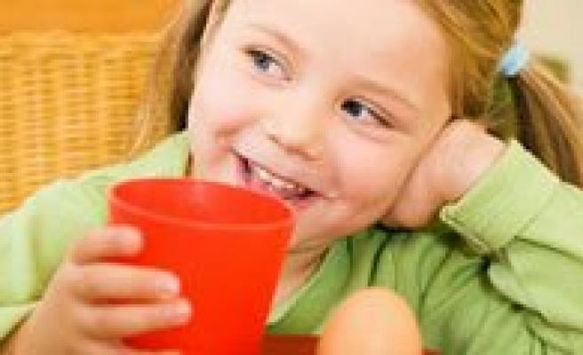 MEB`den Yoksul Ögrencilere Kahvalti Müjdesi