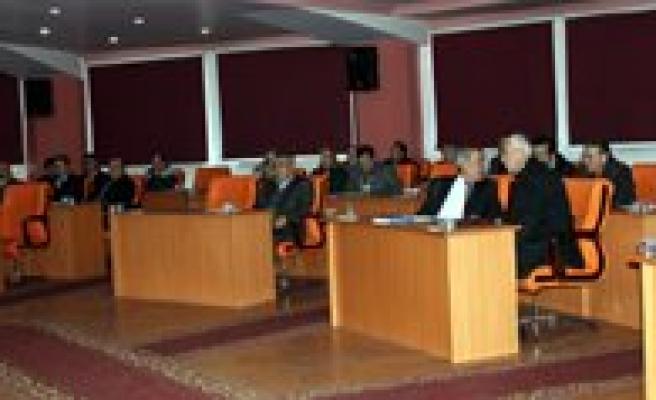 Belediye Meclisinde Tatil Sona Erdi. Yogun Gündemle Toplaniyor