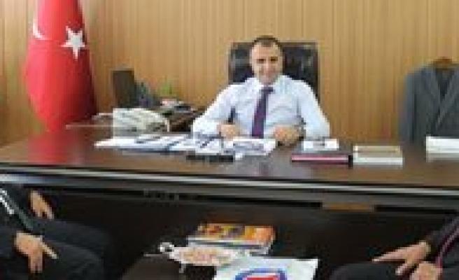 Diyanet-Sen'den Il Milli Egitim Müdürüne Ziyaret
