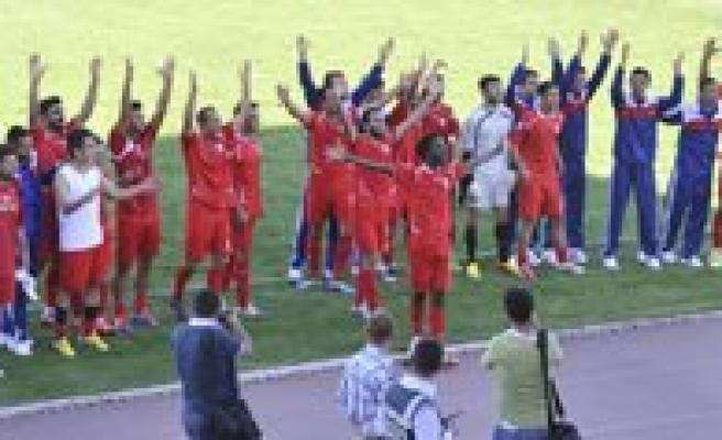 Karaman Belediyespor Kayseri Yolspor'u Agirliyor
